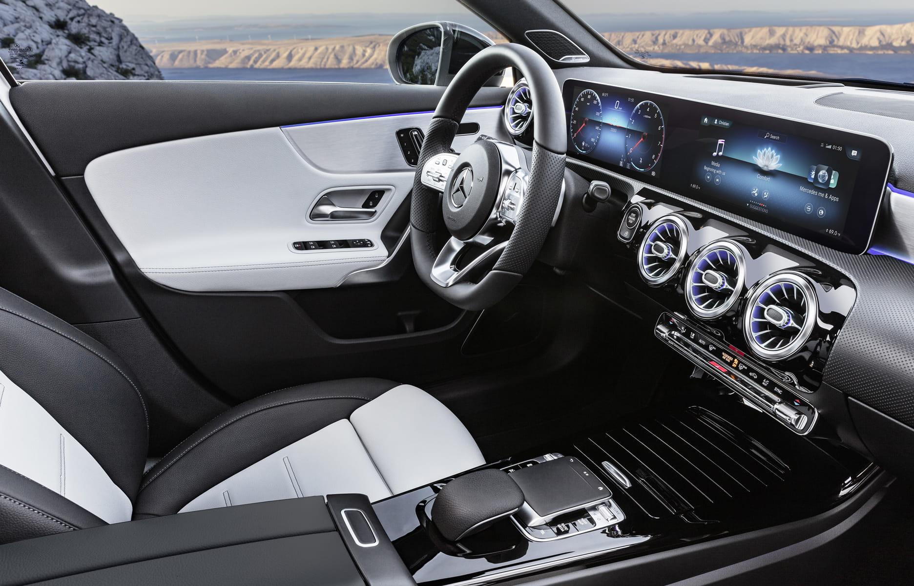 Nouvelle Mercedes Classe A Un Interieur De Tres Haut Niveau